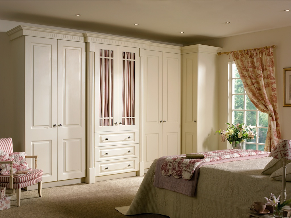 Bedroom in KDC33 style shown in Hornschurch Ivory