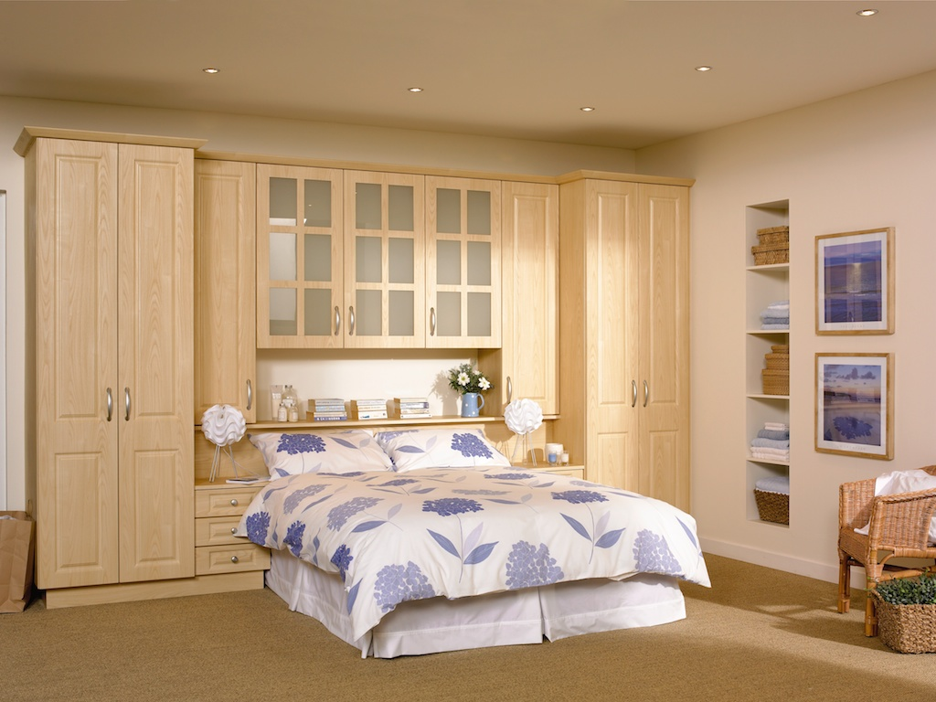 Bedroom in KDC32  style shown in Loire ash